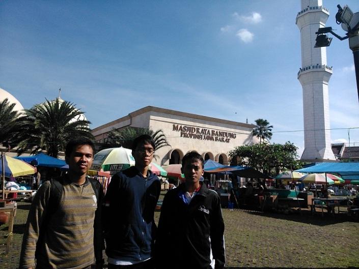 @Masjid Agung Bandung