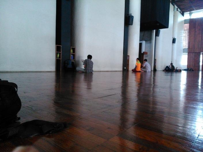 Ruang Utama Masjid