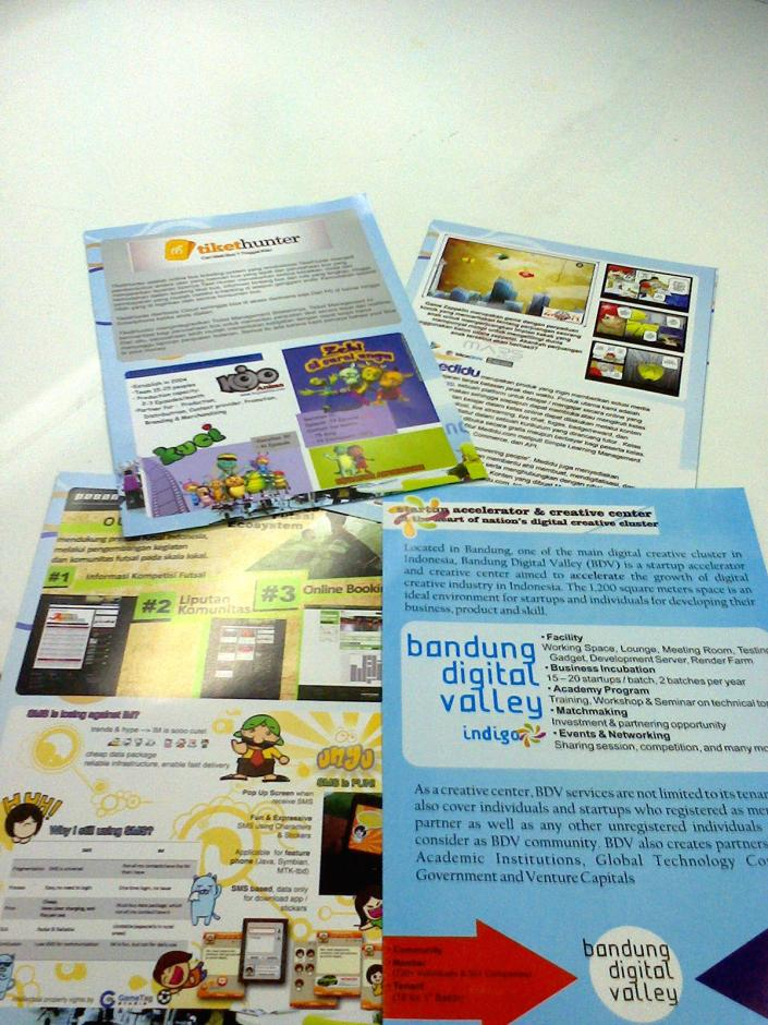 Brosur Produk Startup - BDV