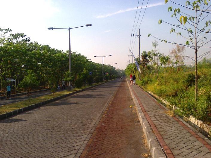 Daerah Depan Perumdos Blok U